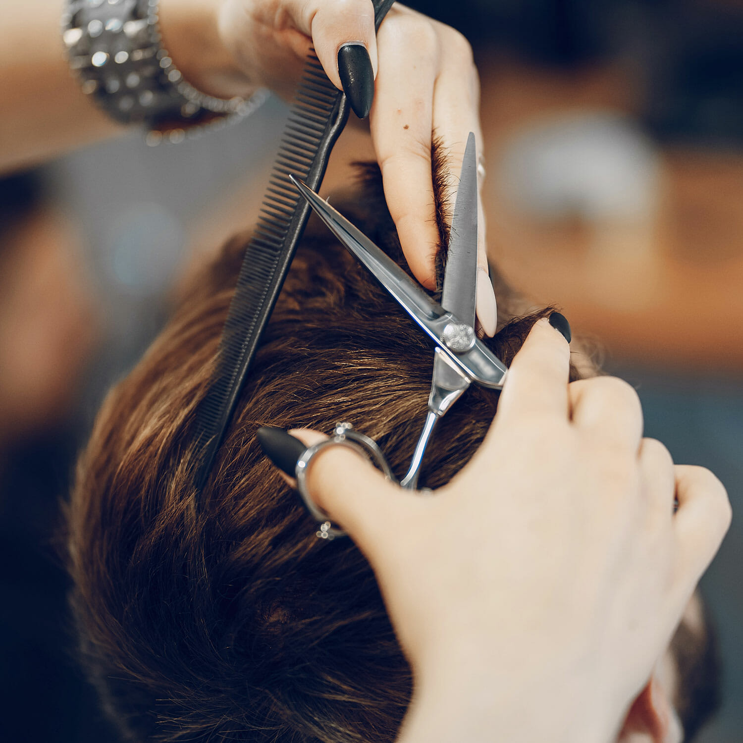 Discover how barber shops and beauty salons make new mover marketing work for them!