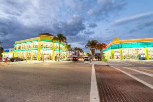 FORT MYERS, FLORIDA - FEBRUARY 2016: Tourists enjoy city promena